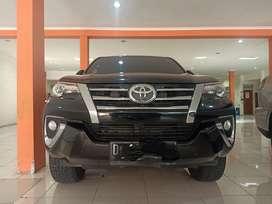 Toyota Fortuner VRZ AT 2016 , hitam, full ori, istimewa