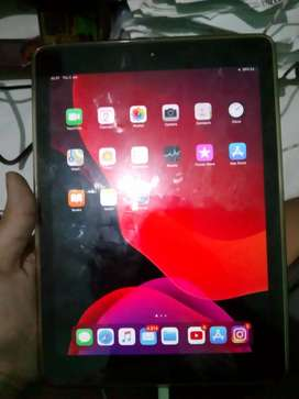 Ipad 6 / Ipad 2018 32gb wifi only space grey