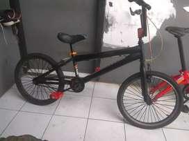 Sepeda BMX uk20