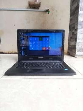 Laptop Lenovo Slim. Ram 4GB. Siap ke SSD