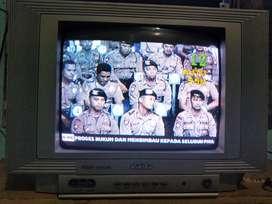 """Dijual TV 14""""  nominus gambar bagus"""