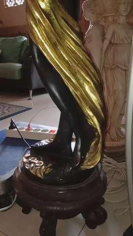 Patung besar tinggi 1-2 meter