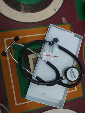 di jual stetoskop baru tidak oernah di pakai karna salah beli