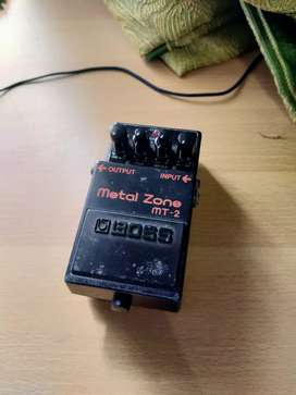 EFEK GITAR BOSS METAL ZONE MT2
