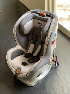 Dijual Preloved Chicco Nextfit Zip Convertible Baby Car Seat