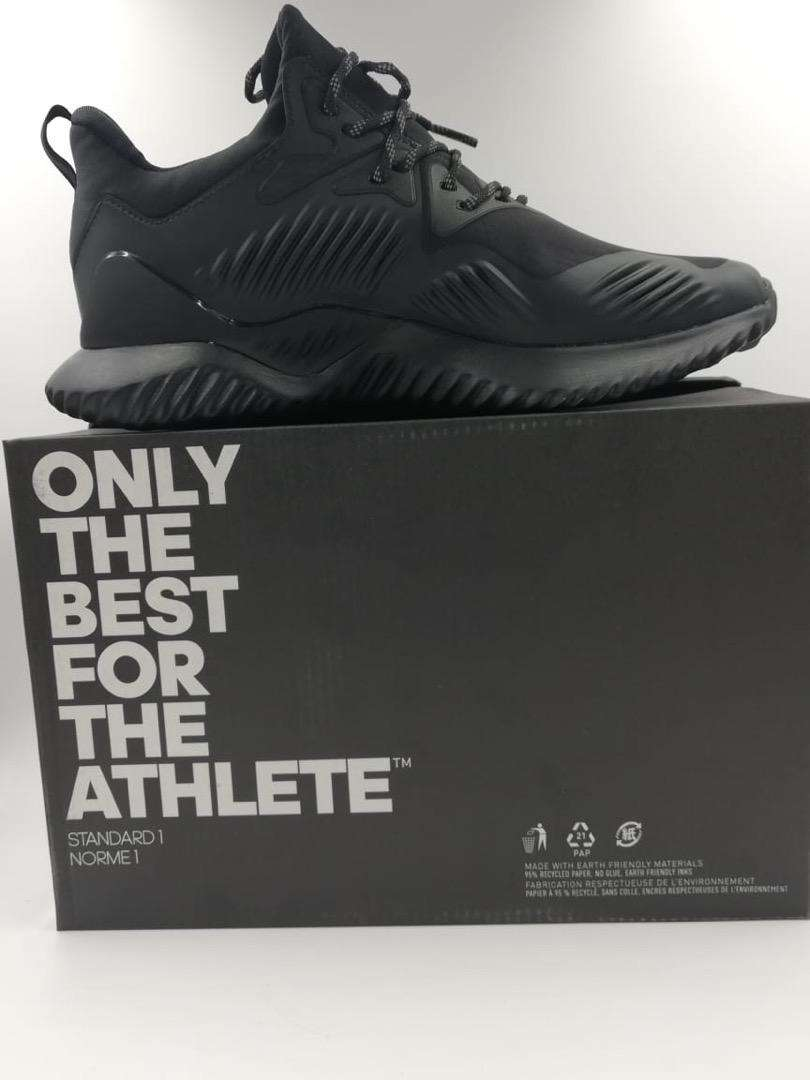 Adidas, Niki shoes for sale in pure quality in cheap rates With box 0