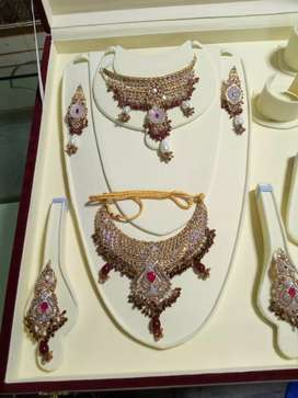 Gold and diamond deels KY ly rabta kry