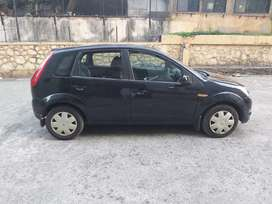 Ford Figo Duratec Petrol Titanium 1.2, 2010, Petrol