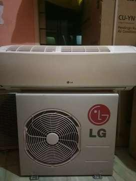 Jual AC sekend merek LG 260 watt harga 1,8.