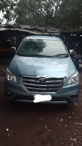 Good conditions & well maintain family Innova car 8 Seater for sale
