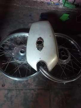 Yamaha Rx100 spare parts