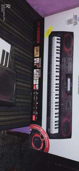Keyboard pyano
