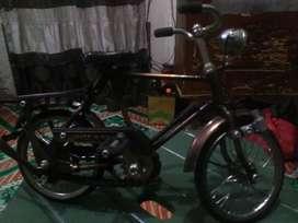 Miniatur sepeda ontel