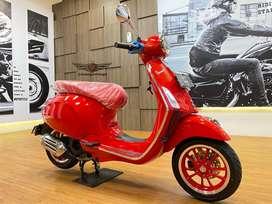 Vespa Primavera Limited Red ABS 155 Full Paper