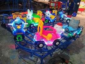 ER4 mainan labirin run odong karakter kereta panggung