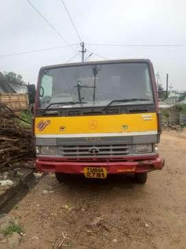 Tata tripper 909