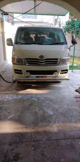 Toyota Hiace for Urgent Sale in Original Condition