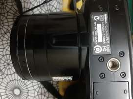 Nikon L100 Camera very good condition an excellent quality