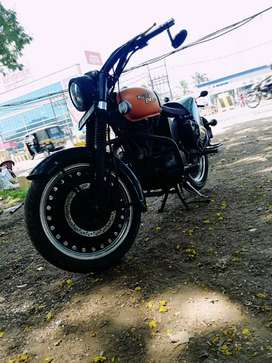 Well maintained and top modified classic 350