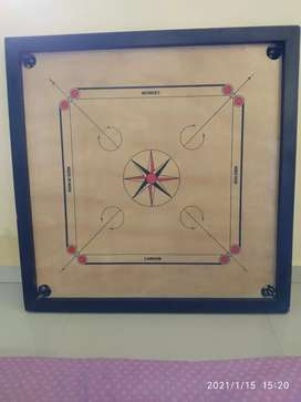 Carrom board very good condition not used