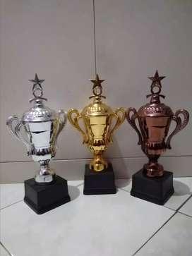 Toko piala/trophy denpasar