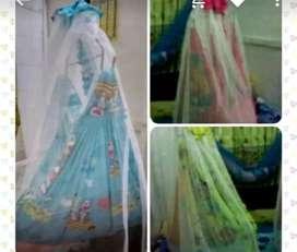 Set kain ayun dan kelambu karakter