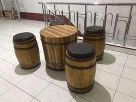 Set Meja Kursi Tematik untuk Kafe atau Ruangan Industrial