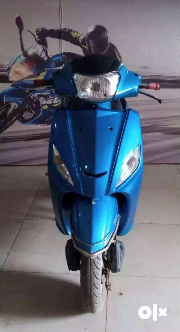 18524 Km driven Hero Maestro 2014 Model Blue colour 0