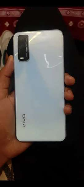 Vivo Y20 full box charger 9 month warranty
