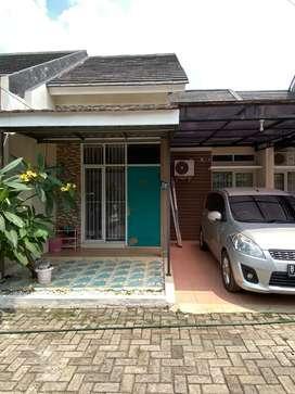 Disewakan:Rumah 2KT di Cluster Jatiasih 6bln/tahun
