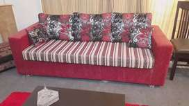 5 seater sofa only 1 month used