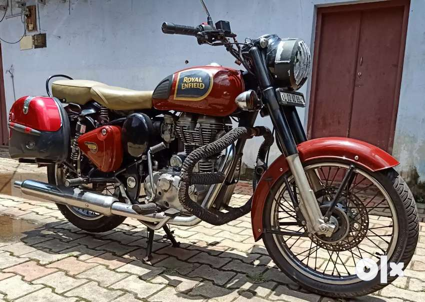 Royal Enfield , classic ,single use (350), hi red 0