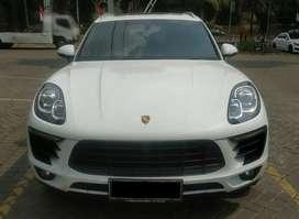 Porsche Macan 2.0 At Putih , Th 2014