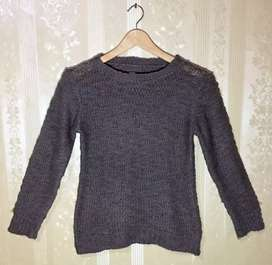 Preloved Sweater Rajut