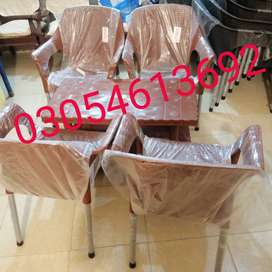 Set 4 plastic chairs 1 table double floor in pure material l