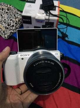 Sony A5000 mirrorless