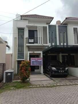 Dijual satu unit rumah ready stok di Jln. Nangka dekat Bank panin