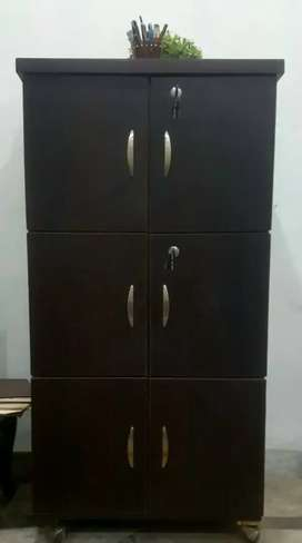 I want to sell my cupboard