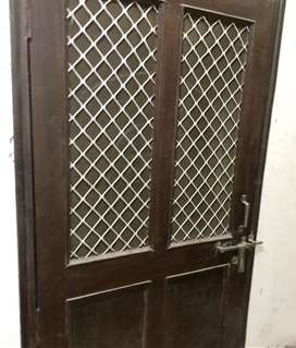 2BHK Furnished Flat for Small Family