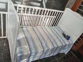 Baby crib cum bed