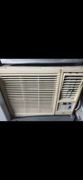 L.G 0.75 ton window ac with remote