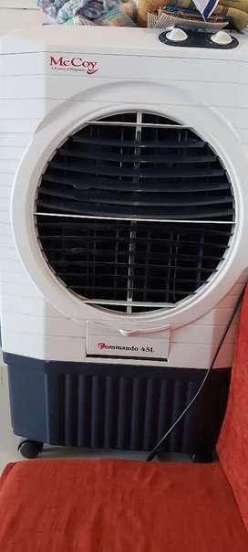 Cooler ,capacity  of 45 liters