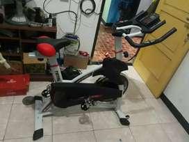 Merk TOTaL..big Power SPinning bike 930