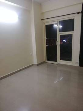 3 BHK 1350 Sq-ft Flat/Apartment for Rent in Golf City Sector 75
