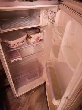 LG fridge 185