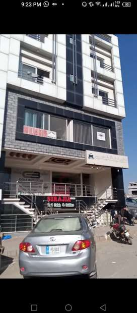 5 marla plaza for sale in Bahria town phase 8 hub commercial
