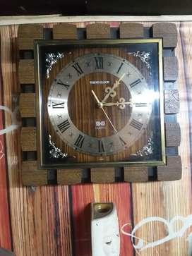 jam dinding classic tokyo clock