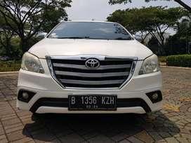 Innova 2.4 G Diesel AT putih 2014 Bergaransi Mesin