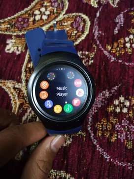 I'm selling my Samsung Galaxy gear s2 watch in new condition