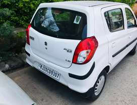 I want to sell very looking new condition